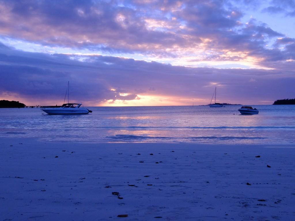 イルデパン島 クトビーチの夕日