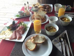 イルデパン島 ウレテラ ホテルの朝食
