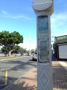 ヌメアのバス停